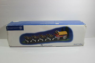 2004 Department 56 Budweiser Snow Village Clydesdales Figure In Box 56-55256 Dpt