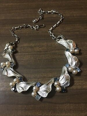 Beautiful Vintage Silver Leaves with Blue Rhinestone& Imitation Pearl Necklace