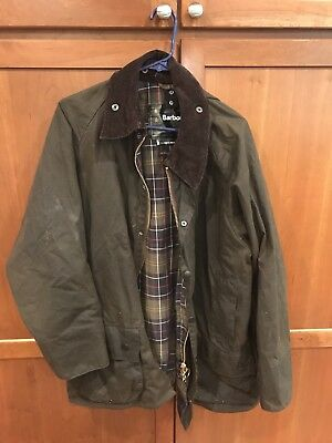 Men's Barbour Beaufort Olive Green Waxed Cotton Jacket Size Large
