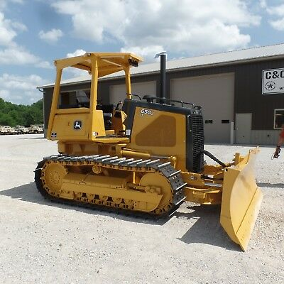 2006 John Deere 650J Long Track Dozer New Bottom! Excellent shape! Low hours!