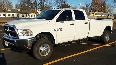2015 Ram 3500  2015 Ram 3500 Crew Dually 6.7 Cummins Aisin Transmission 1 Owner No Reserve