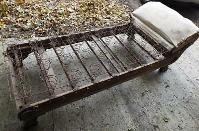Fainting Couch/Day Bed Frame