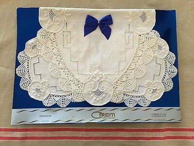 SET OF OREM Hand Crochet DOILIES - Vintage