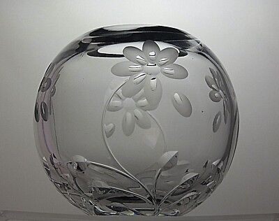 "Vintage Crystal Cut Glass flower Rose Bowl Wedding display bowl 6""across"