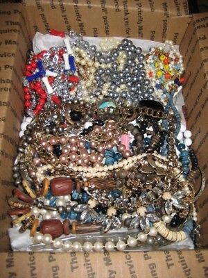 Vintage Jewelry Lot Of Wearable Necklaces Medium Flat Rate Box Full