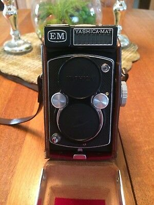 Yashica MAT EM twin lens reflex medium format camera auto timer jammed as is!!!!