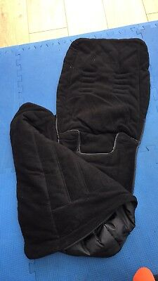 Excellent condition - Baby Jogger FOOTMUFF in black - fits City Mini.