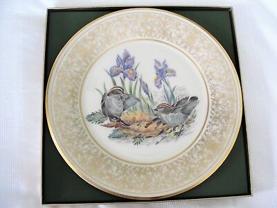 LENOX ANNUAL LIMITED EDITIon. BOEHM BIRD PLATES - 1979 GOLDEN-CROWNED KINGLETS