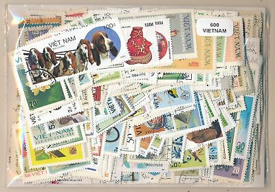 Viet Nam Package 600 stamps different