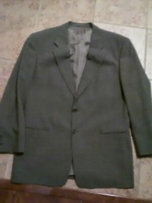 Men's Giorgio Armani two-button suit size 44 jacket made in Italy