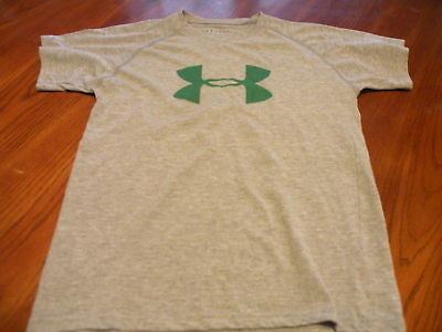 Boys Under Armour Loose Heat Gear Shirt Green Logo Gray Shirt Youth Medium