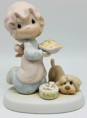 Dropping Over For Christmas Precious Moments E-2375 1982 With Box Baking Pie