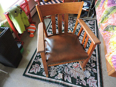 Antique Oak rocking chair, Mission oak, Arts and Crafts, leather seat, usual
