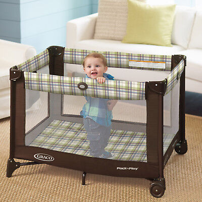 Portable Napper Graco Pack and Play Playard Nearby Foldable Gender Neutral Pen