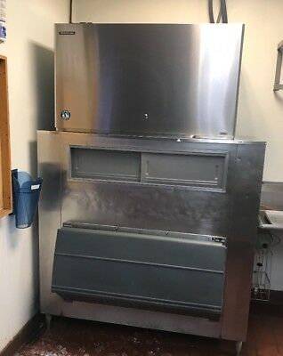 Hoshizaki KM-1601SRH Commercial Ice Maker with Bin and Condenser