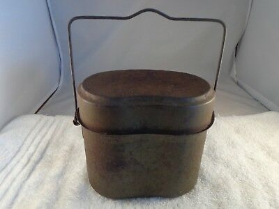 Old Vintage WWII ? Military Metal Binocular Case Unmarked Military ? OD Green