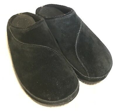 e66c46abb7d4 Fitflop Women s Black Suede Backless Clogs Size 8 39