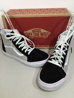 5fafb2f182 VANS KIDS' SIZE 10.5 Sk8-Hi Zip (Daisy) Black and White Canvas Skate ...