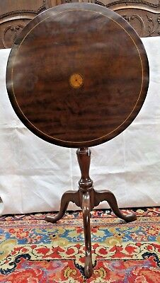Queen Anne style mahogany tilt-top candlestand