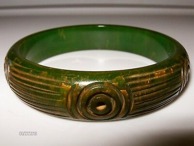 Vintage Bakelite Bangle Deeply CARVED Dark Green