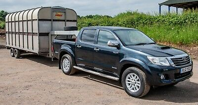 Toyota Hilux Pickup Truck & Bateson Fifth Wheel 16ft Livestock / Flat Trailer
