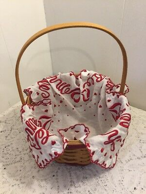 Longaberger 2005 Sweetheart Basket With Handkerchief Liner & Box 18094-10