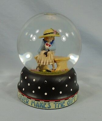 Mary Engelbreit Snow Globe The Heart Of The Giver Makes The Gift Dear & Precious