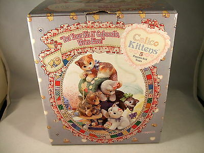 """Enesco Calico Kittens """"bet Your Kit N' Caboodle We'Re Five"""" 314579 - New In Box"""