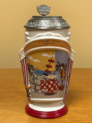 "Looney Tunes Lidded Ceramic Stein 1997 "" BILL OF HARE - 1962 "" - Excellent Cond"