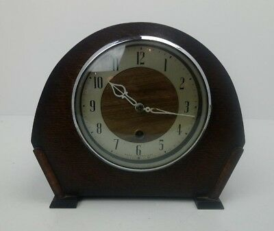 Antique Vintage Oak Cased Mantel Clock Made In England With Winding Key