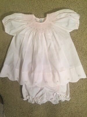 12def88985a7f NWOT Feltman Bros.Embroirdered/Smock Baby Girls Dress Sz 9 Mo. Pink  Scalloped