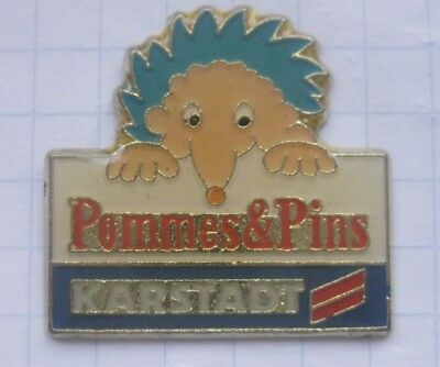 KARSTADT / POMMES AND PINS / HANDELSKETTE . ................ Pin (141f)
