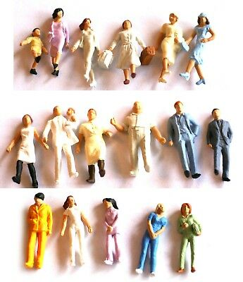 Plastic Figures H0 scale 1:87, painted, unboxed, sold in groups
