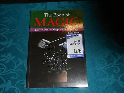 The Book of Magic - Classic Tricks of the Professionals - Paperback Book