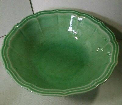 "Beautiful vintage W.S.George green serving bowl 8-3/4"" wide"