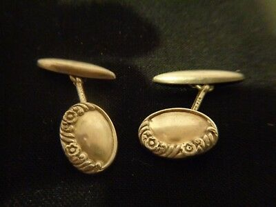 Art Nouveau Sterling Cufflinks with Floral Pattern