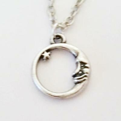 CRESCENT MOON and STAR     Circle Round Silver Pendant on Necklace #A