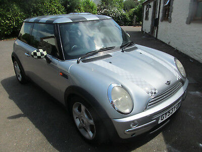 2003 Mini Cooper 1.6 With A Long Mot And Service History Good Condition