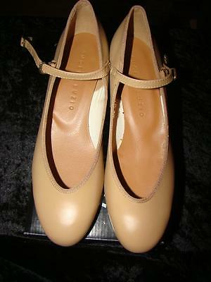 Ladies Tan Character/theatrical Dance Shoes Size 8 Medium By Angelo Luzio New