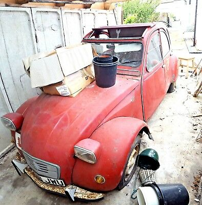 Citroen 2CV Red (1984) for restoration/parts