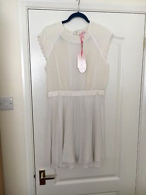 TED BAKER DRESS Pearl White with Black Ribbon Waist Tie Size 0   6 ... e7d702673731