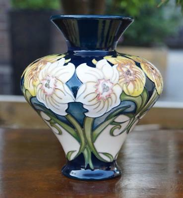 MOORCROFT Pottery 'Winds of March' Pattern Vase Rachel Bishop 11/6 16cm High
