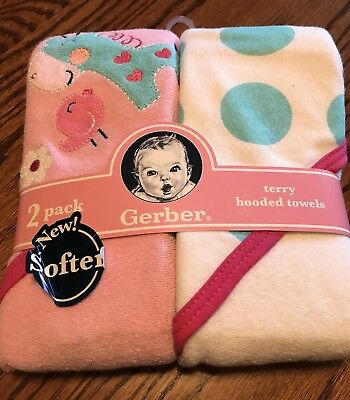 Gerber Baby Girl 2 Pack Hooded Terry Towels Giraffe and Bird Pink Blue White