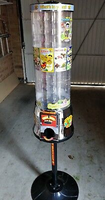Tubz Sweet Toy Vending Machine and stand New £1 coin Great Condition Serviced