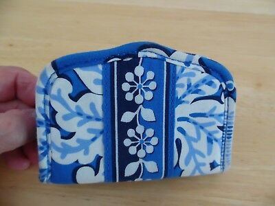 Vera Bradley Bifold Business Card/Credit Card Holder in Blue Lagoon, Great Cond.