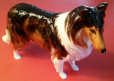 ROYAL DOULTON COLLIE FIGURINE HN 1058 5 X 7 1/8 Inches Bright Glossy FRED DAWES