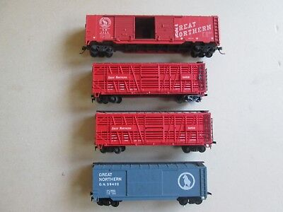 Roco box freight cattle wagon car x4 Great Northern for HO model train set