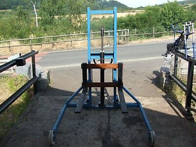 Hydraulic lift pallet quad mower truck wheel changer all sorts of uses 500kg