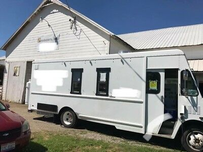 Food Truck - Mobile Kitchen - Turn key ready to operate