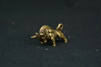 Old Chinese handmade Pure brass Wall Street bull small statue